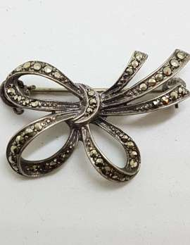 Sterling Silver Vintage Marcasite Brooch - Bow