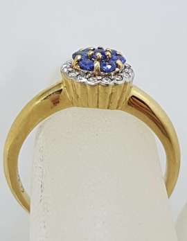 9ct Yellow Gold 7 Sapphires surrounded by Diamonds Round Cluster Ring - Daisy / Cupcake