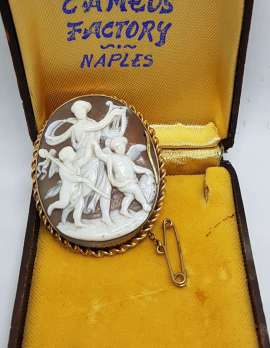 9ct Yellow Gold Large Ornate Goddess with Eros / Angels / Cupids Oval Cameo Brooch - Antique / Vintage