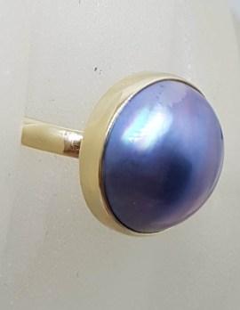 9ct Yellow Gold Bezel Set Round Dark Blue / Black Mabe Pearl Ring