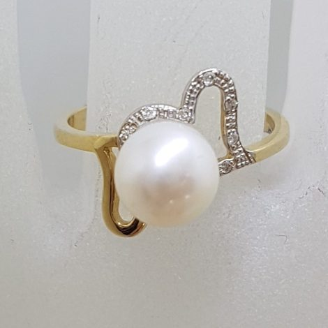 9ct Yellow Gold Unique Pearl and Diamond 2 Hearts Ring