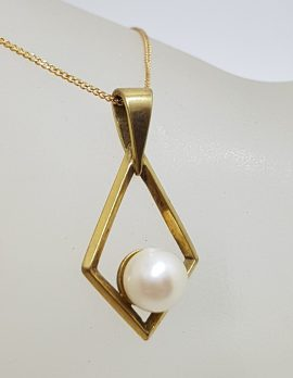 9ct Yellow Gold Pearl in Marquis Shape Drop Pendant on Gold Chain