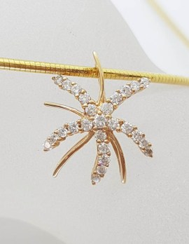 18ct Yellow Gold Diamond Starfish Cluster Pendant on Gold Omega Chain / Collier / Necklace