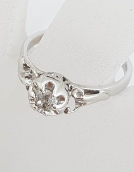 18ct White Gold Round Solitaire Diamond in Ornate Setting Ring - Antique / Vintage - Engagement Ring / Dress Ring