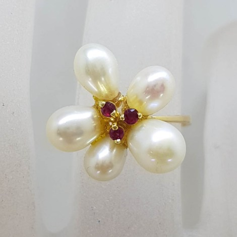 18ct Yellow Gold Pearl and Ruby Flower Cluster Ring