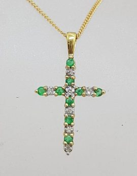 9ct Yellow Gold Natural Emerald and Diamond Crucifix / Cross Pendant on 9ct Chain