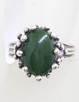 Sterling Silver Nephrite Jade Unusual Claw Set Ring - Vintage