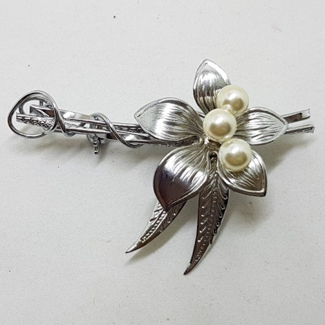 Sterling Silver and Pearl Flower Brooch - Vintage