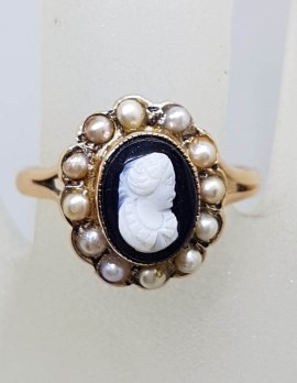 9ct Rose Gold Oval Black and White Cameo surrounded by Seedpearls Ring - Antique / Vintage