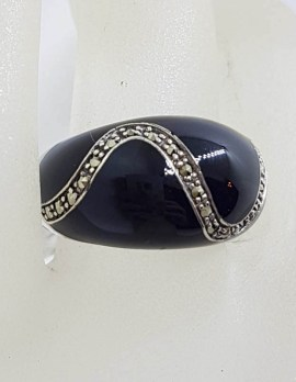 Sterling Silver Marcasite and Black Enamel Wise Band Ring with Wave Design