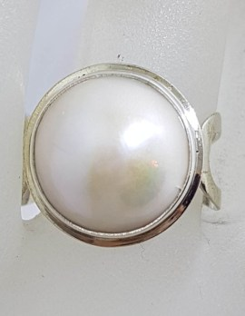 Sterling Silver Round White Mabe Pearl Ring
