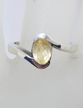 Sterling Silver Oval Citrine in Curved Ring