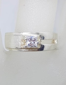 Sterling Silver Square Cubic Zirconia in Band Ring