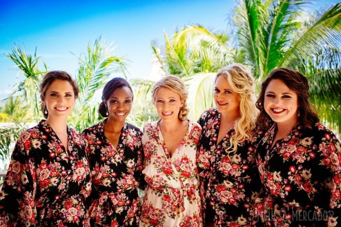 bridal party with bride,playa del carmen