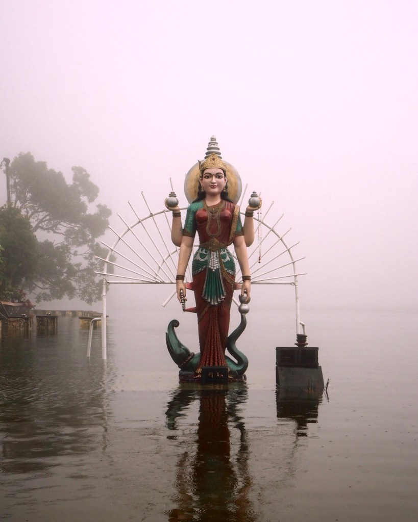 statue in Ganga Talao Mauritius
