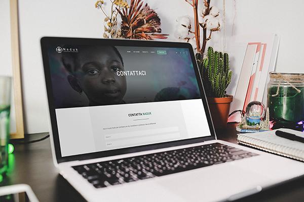 Realizzazione sito web multilingue Naduk-ngo.
