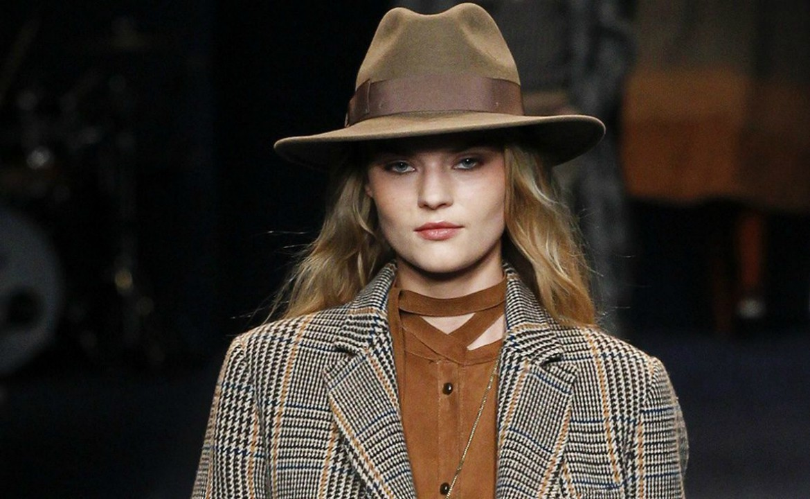 womens fedora hat how to fashion style Tips On How To Wear Fedora Hats For Women - alexie