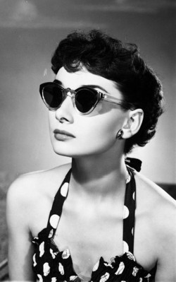 Audrey Hepburn spring/ summer style black and white polka dot bikini and sunglasses - shop the look