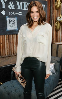 Mandy Moore fashion style pink/ champagne silk shirt and black leather pants - shop the look