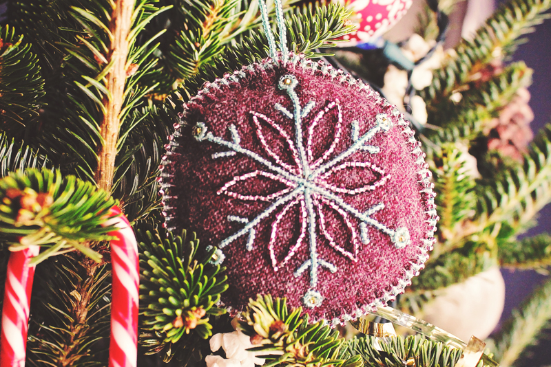 Hnadmade Aboriginal Beaded Christmas Tree Ornament | Alex Inspired