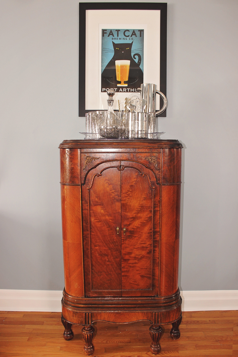 Antique Gramophone Turned Bar | Alex Inspired