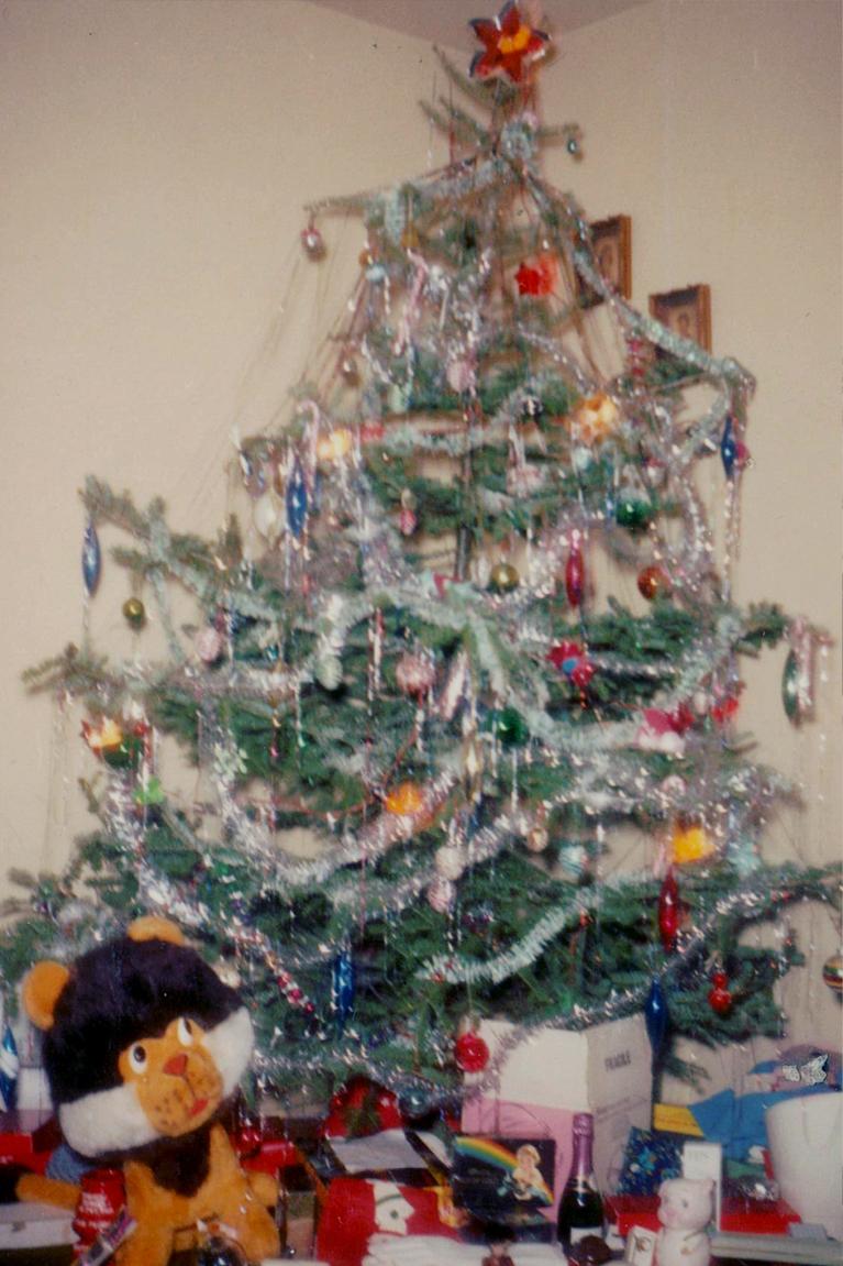O Christmas Tree: Alex Inspired's Favourite Family Christmas Tree photos