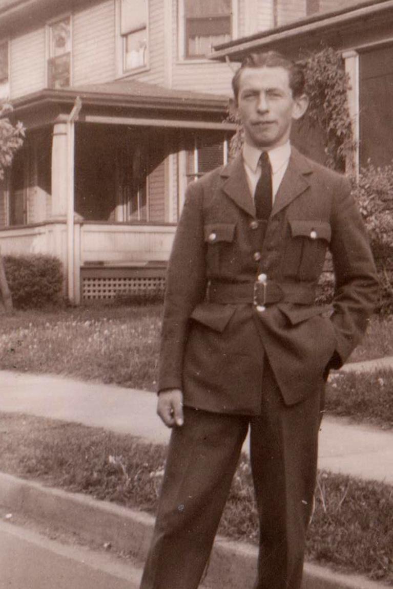 Douglas edward White. Sussex-england-june-1944