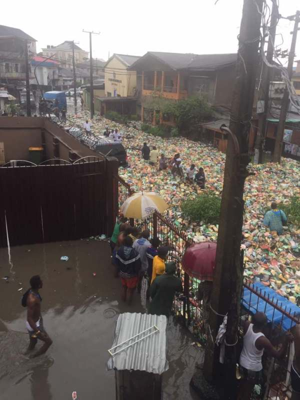 59732838bfd88 - OMG! See What A Street In Surulere Currently Looks Like After The Heavy Downpour Last Night