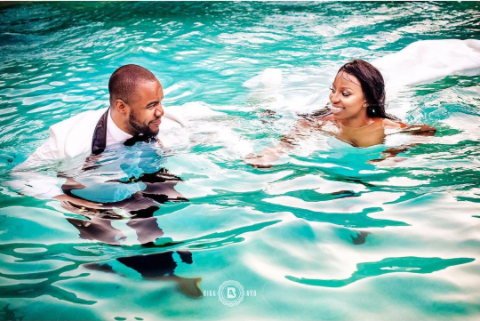 couple-jumps-into pool-after their wedding