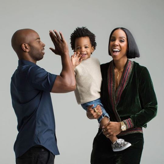Cute family photos of singer Kelly Rowland, her husband and their son