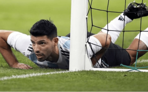 5a0bc9d0dea1d - Sergio Aguero taken to the hospital after collapsing in the dressing room following Nigeria's 4 - 2 victory overArgentina