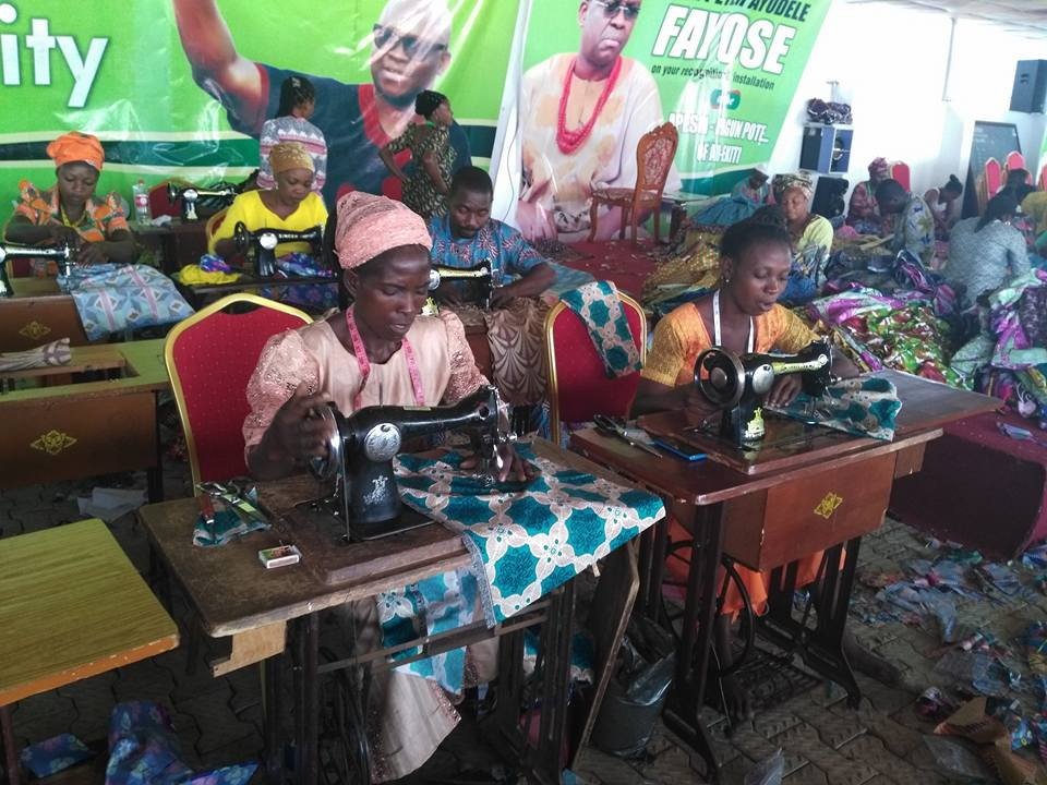 Photos; Governor Fayose employs 200 tailors to sew Christmas clothes for children of the state