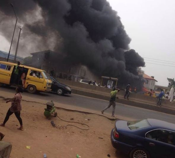 Photos: NNPC fuel station along?Lagos - Abeokuta expressway goes up in flames