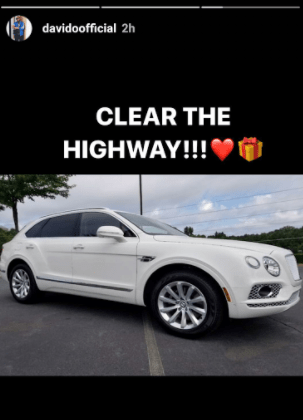 'Fia' crooner Davido made a lot of cash from his '30 billion' concert in December and sure wants Nigerians to know! The musician revealed that he and his team made half a billion naira in profit from the concert....and also shared photos of a 2018 Bentley Bentayga SUV he has apparently purchased. See photos below.  Davido brags about making half a billion at his last concert, shows off his 2018 Bentley Bentayga SUV  Davido brags about making half a billion at his last concert, shows off his 2018 Bentley Bentayga SUV  Davido brags about making half a billion at his last concert, shows off his 2018 Bentley Bentayga SUV