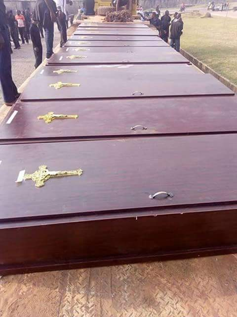 First photos from the mass burial for the 75 victims of herdsmen attack in Benue