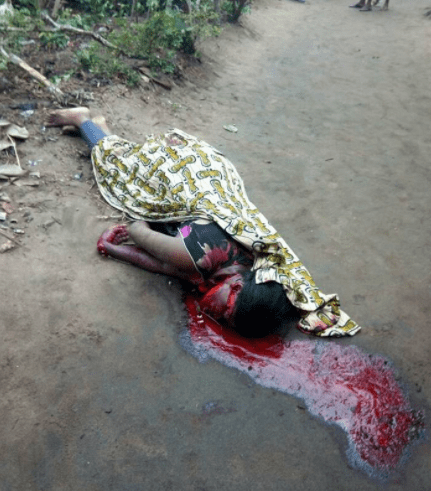 Graphic photos: Vulcanizer butchers wife in Mbiabam Ibiono, Akwa Ibom state