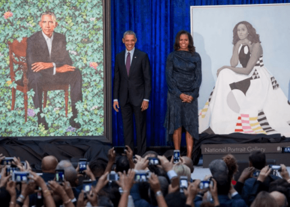 5a82c2c49494b - Barack Obama still has the hots for Michelle and his reaction to her official portrait is proof