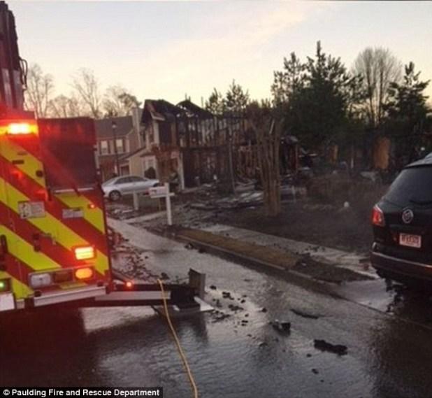 Woman who lost her home in?bitter divorce, sets it on fire & it spreads to 19 homes causing $1m damages (Photos/Video)