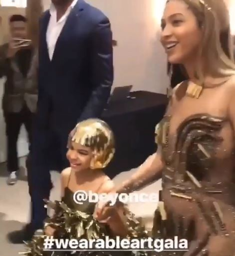Check out the matching Gold Gowns Beyonc? and Blue Ivy wore to the Wearable Art Gala (Photos/Video)