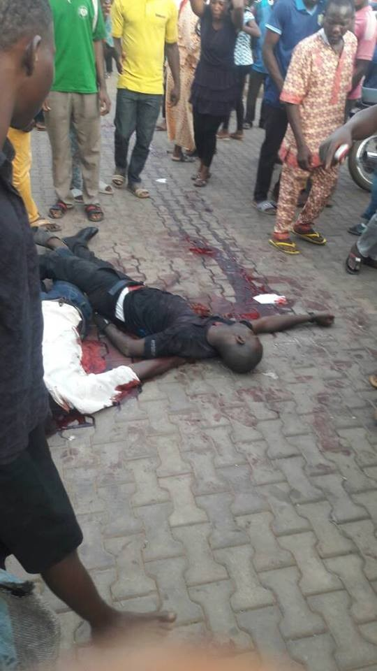 Graphic photos: 6 police officers, others confirmed dead in robbery attack in Kwara