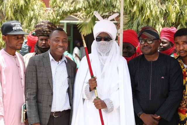 Sahara Reporters founder, Omoyele Sowore meets the Emir of Kano as he takes his campaign train to the ancient city (photos)