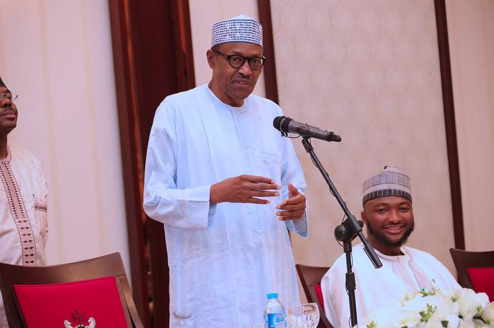 Photos: President Buhari breaks Ramadan fast with Tobi Bakre, Sound Sultan, Tania Omotayo, Kunle Afolayan, others