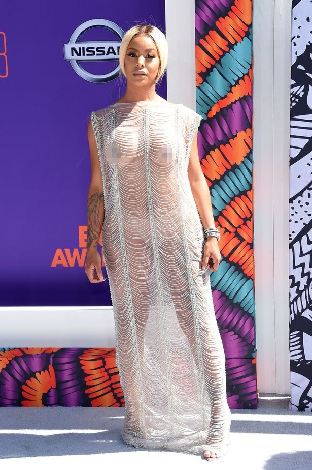 Alexis Skyy exposes her boobs in long sheer tunic gown at the BET Awards (Photos)