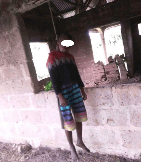 Young boy commits suicide in uncompleted building in Cross River state (graphic photo)