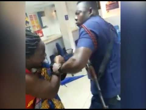 Disturbing video of an armed police officer brutally assaulting a nursing mother in Ghana?