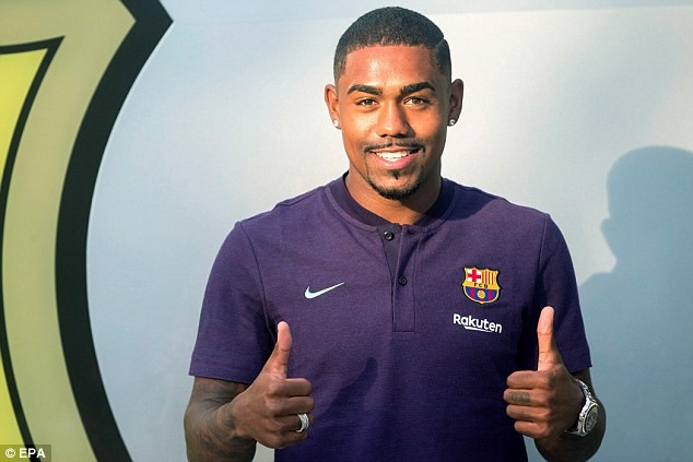 Barcelona announces ?45.5m deal for Malcom after dramatic Roma U-turn as Brazilian signs five-year deal
