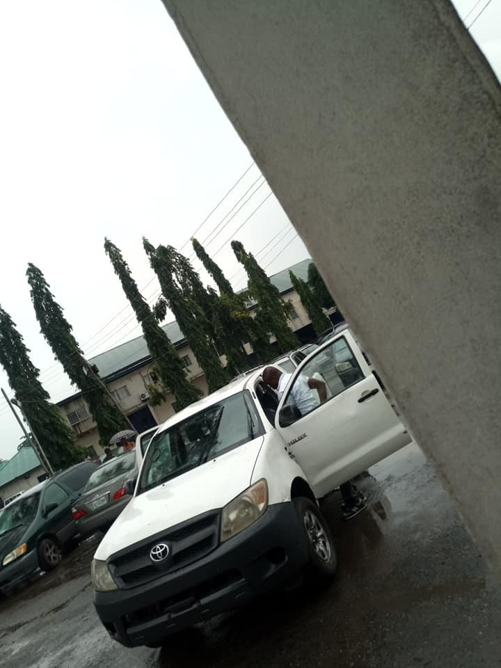 Photos: SARS officials spotted in Owerri without any uniform or easy form of identification