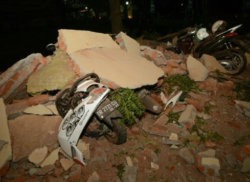 Earthquake kills 19 people and injures several others in Indonesia