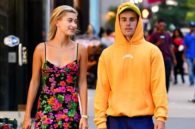 Hailey Baldwin denies reports that she & Justin Bieber are officially married