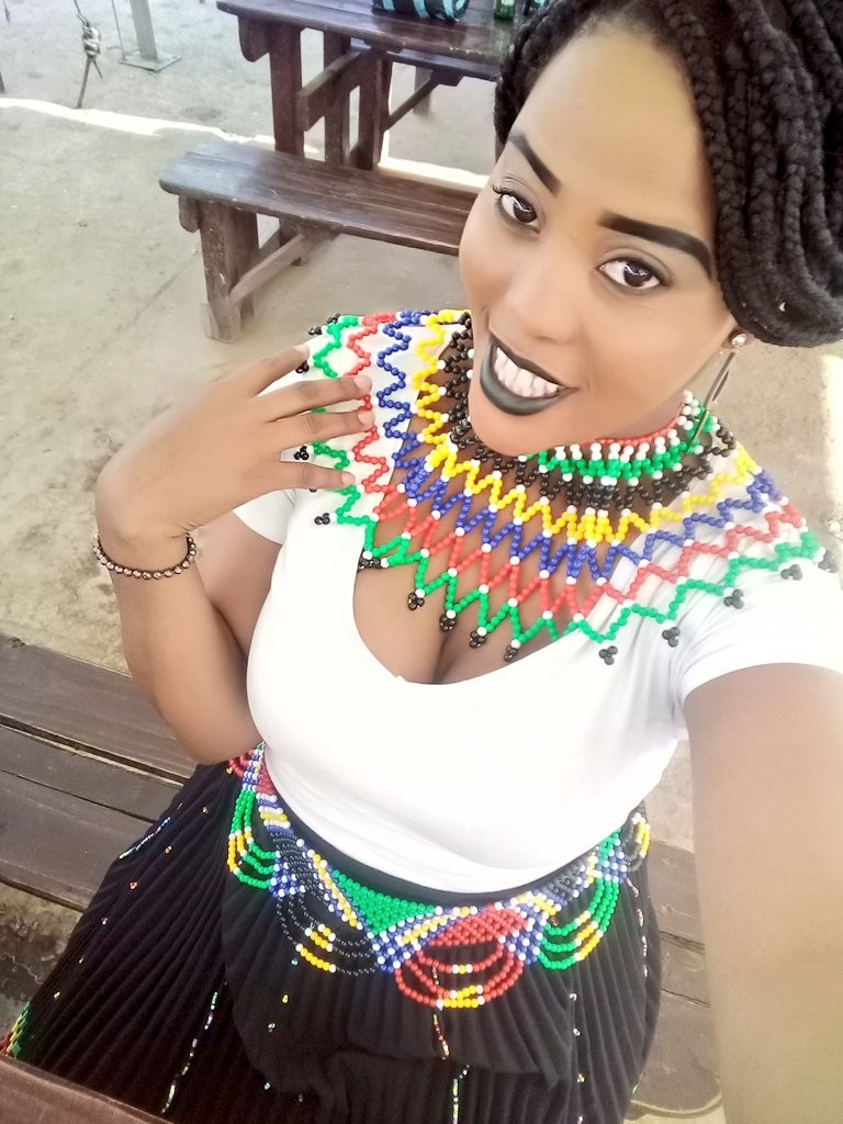 Photos: South African ladies show off their boobs, curves and stunning beauty as they celebrate Heritage Day 18+